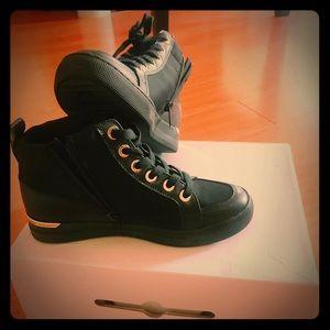 Aldo sneaker 👟 NWT .( never used ) in 📦